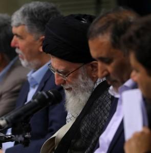 Mehr News Agency - Leader receives poets on Imam Hassan's birth anniv.