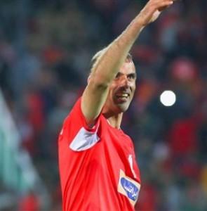 Jalal Hosseini Urges Persepolis Fans Not to Waste Energy Before Kick-off