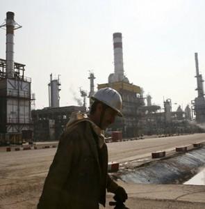 Iranian heavy crude oil price up over $4 per barrel in April: OPEC