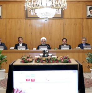 Iranian gov. approves bill to give 5-year residence to foreign investors