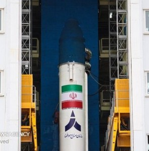 """Home-made """"Simorgh"""" satellite carrier deployed in launch site"""