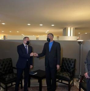 Iran, Belarus emphasize broadening economic ties