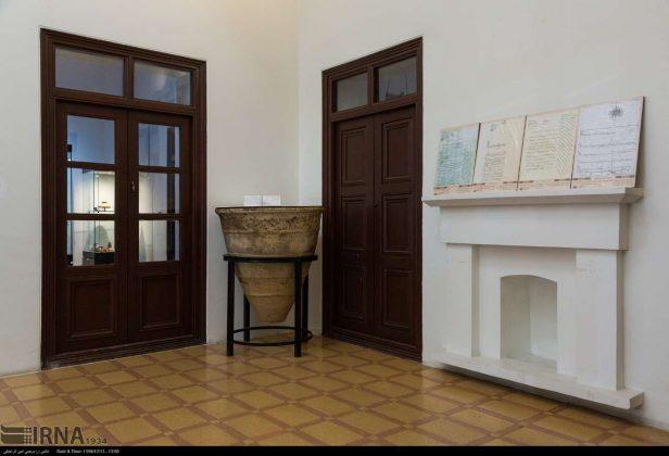 Persian Architecture in Photos: Zolfaqari Mansion