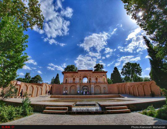 Iran's Beauties in Photos: Shazdeh Mahan Garden